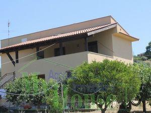 Villa and land in Sicily - Villa Bellanca Via Ugo Foscolo