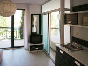 Compact 1 BED apartment near Cacao beach