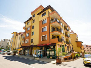 """One bedroom apartment in the complex """"Siana 5"""""""