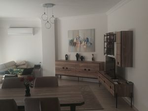 kusadasi 3 bedr appartment 100m2 nearby center and marina