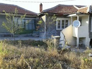 Cheap house in a quiet place near fishing lake and forest