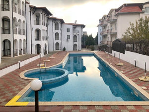2 BED apartment in Old House, St. Vlas, bargain price