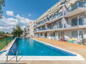 ONE bedroom apartment 800 m from the beach in SUNNY DAY 4