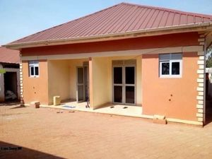 NAJJERA EXECUTIVE SELF CONTAINED DOUBLE ROOM HOUSE AT 250K
