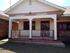 NAJJERA EXECUTIVE TWO BEDROOM HOUSE FOR RENT AT 400K