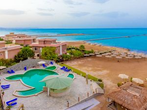 SEAFRONT 1 BDR. APARTMENT-GARDEN VIEW in Hurghada-Egypt