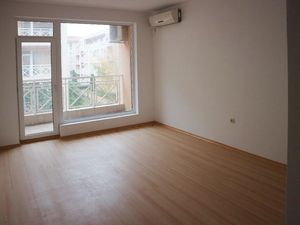 Sunny studio apartment with a balcony, 28 sq.m., Sunny Day 6