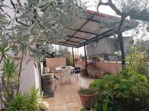 In 685m2 Yard Detached Villa With Full  Furniture in Greece