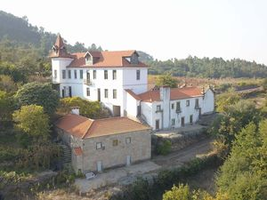 Estate 20 hectares 6 houses & chapel €1,300,000 Ref:18/321