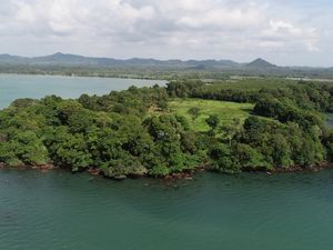 Seafront Land Plot in Trat, Thailand for sale
