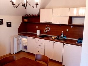 One-bedroom apartment in Saint Vlas! Sea and forest views