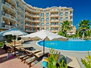Large studio apartment in Aphrodite Palace, 450 m to the sea