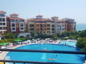 Sea front apartment with 2 bedrooms in Marina Cape (Aheloy)