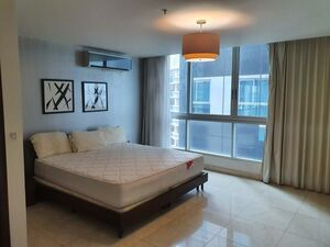 Furnished Flat in Panama to sell