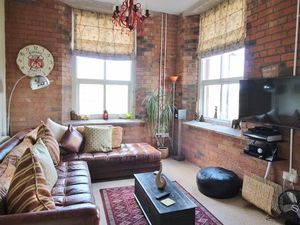 FANTASTIC ONE BEDROOM FLAT IN BIRNINGHAM
