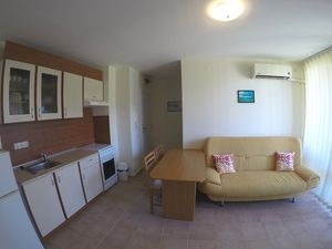 Fully furnished 1 BED apartment in Holiday Fort Club