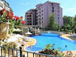 South-facing 1 bedroom apartment in Sunny beach hills