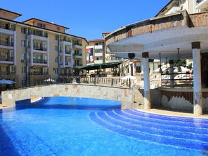 1 BED apartment with mountain views in Sunny Beach Hills