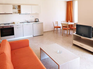 1 BED apartment with nice balcony and views to surroundings