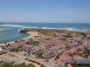House for sale 100 meters from Vila Nova de Milfontes Beach