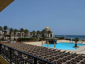 Exceptional apartment in Sahl Hasheesh in Palm Beach Piazza