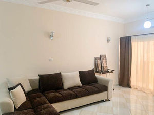 Large spacious 2 bedroom apartment for sale in Hurghada