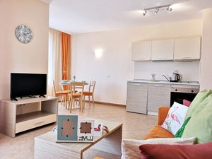 Cozy 1-bedroom apartment in Royal Sun, Sunny Beach