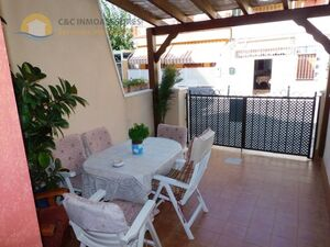Terraced house one hundred meters from the beach
