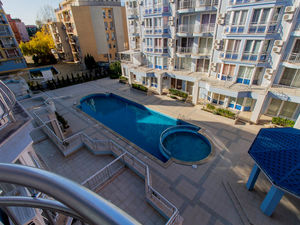 POOL view 3 Bedroom apartment in Sunny Dream, Sunny Beach