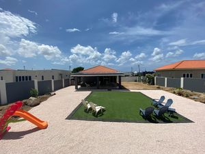 2 Bedroom Home for Rent in Aruba