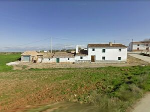 Lovely detached property only 72,000 €. JLLA01