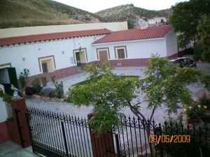 Renovated cave home close to the lake. JLLCH01