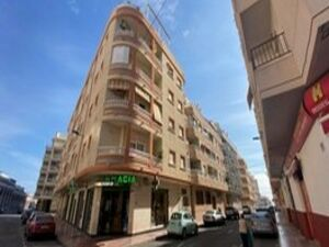 Furnished one bedroom apartment in central Torrevieja