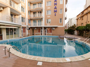 2 BED, 2 BATH apartment with pool view in Bahami Sunny Beach