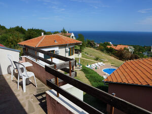 Villa with sea view near St. Constantine and Helena