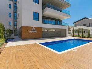 4 Bed Apartment for sale Germasogeia, Limassol, Cyprus