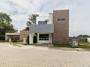 FOR SALE - Modern house - La Ceiba - Alajuela