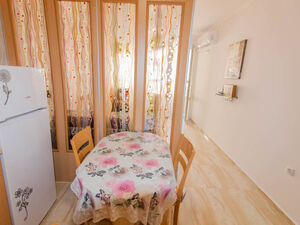 Video! apartment with 1 bedroom, 200 m the beach in Pomorie