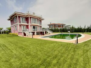 7 BEDROOMS BUNGALOW + SWIMMING POOL + SUANA + CITIZENSHIP