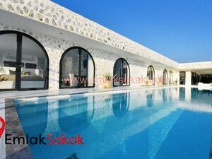 Exclusive Seafront Villa in Alanya Turkey