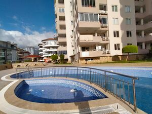 2 BEDROOM APARTMENT IN A COMPLEX CLOSE TO THE SEA