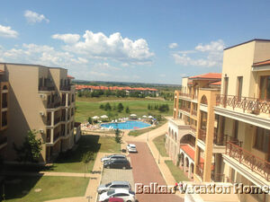 2 bedroom penthouse apt. w. sea view in Lighthouse resort