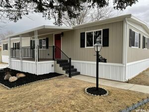 Newly renovated 3 bed 2 bath home for sale in Salt Lake City