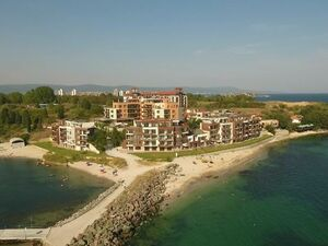 One bedroom apartment with frontal sea view in Nessebar
