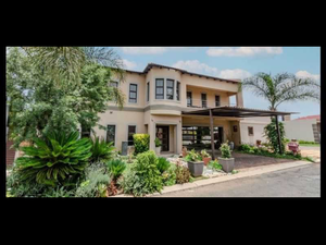 Magnificent Family Home in Clearwaters