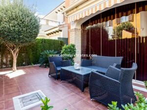 Costa Blanca Lovely Furnished 2 bed apartment Playa Flamenca