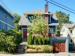 Beautiful 2 beds 1 bath house for sale in Seattle