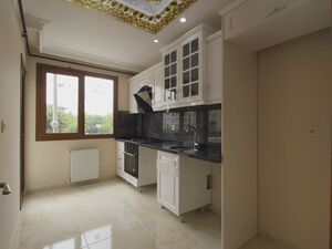 SPACIOUS FLAT IN CENTER OF EUROPEAN SİDE ISTANBUL 2BEDROOMS