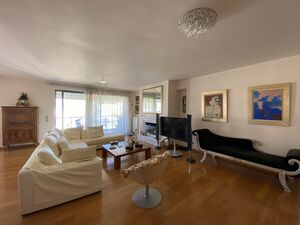 penthouse in the heart of Palaio Faliro is offered for sale