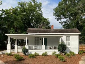 Beautiful 2 bed 1 bath house for sale in Eufaula